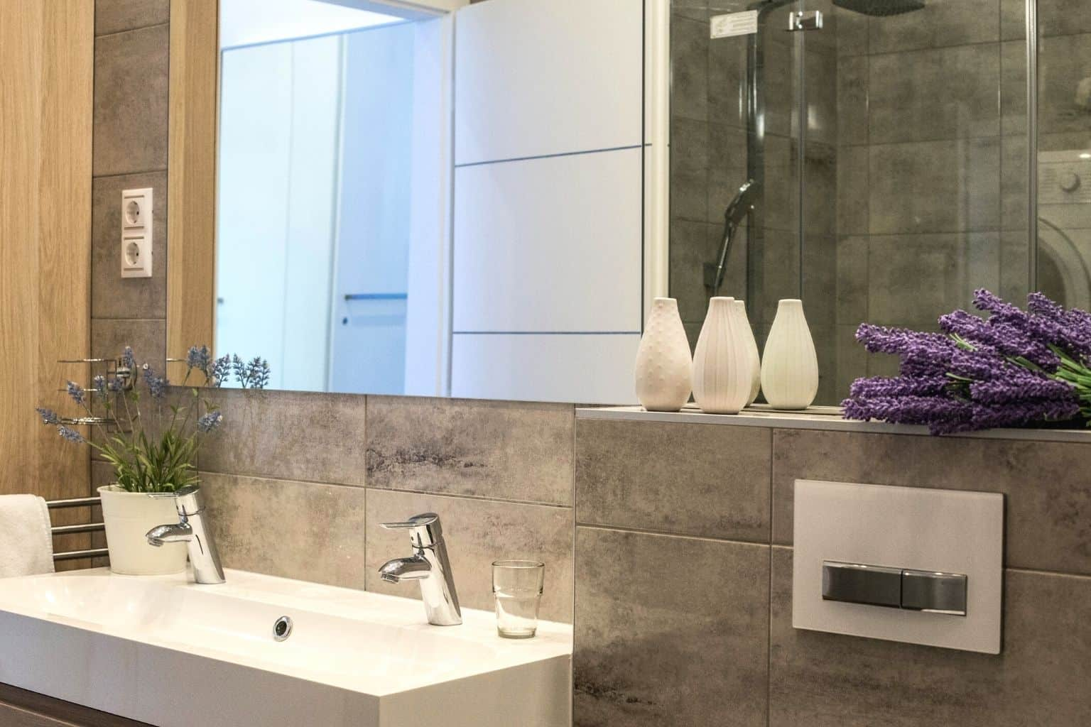 The bathroom of the 2BR apartment has a bathtub as well! Great for couples